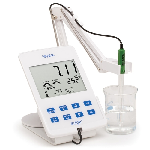 edge pH meter (in cradle)