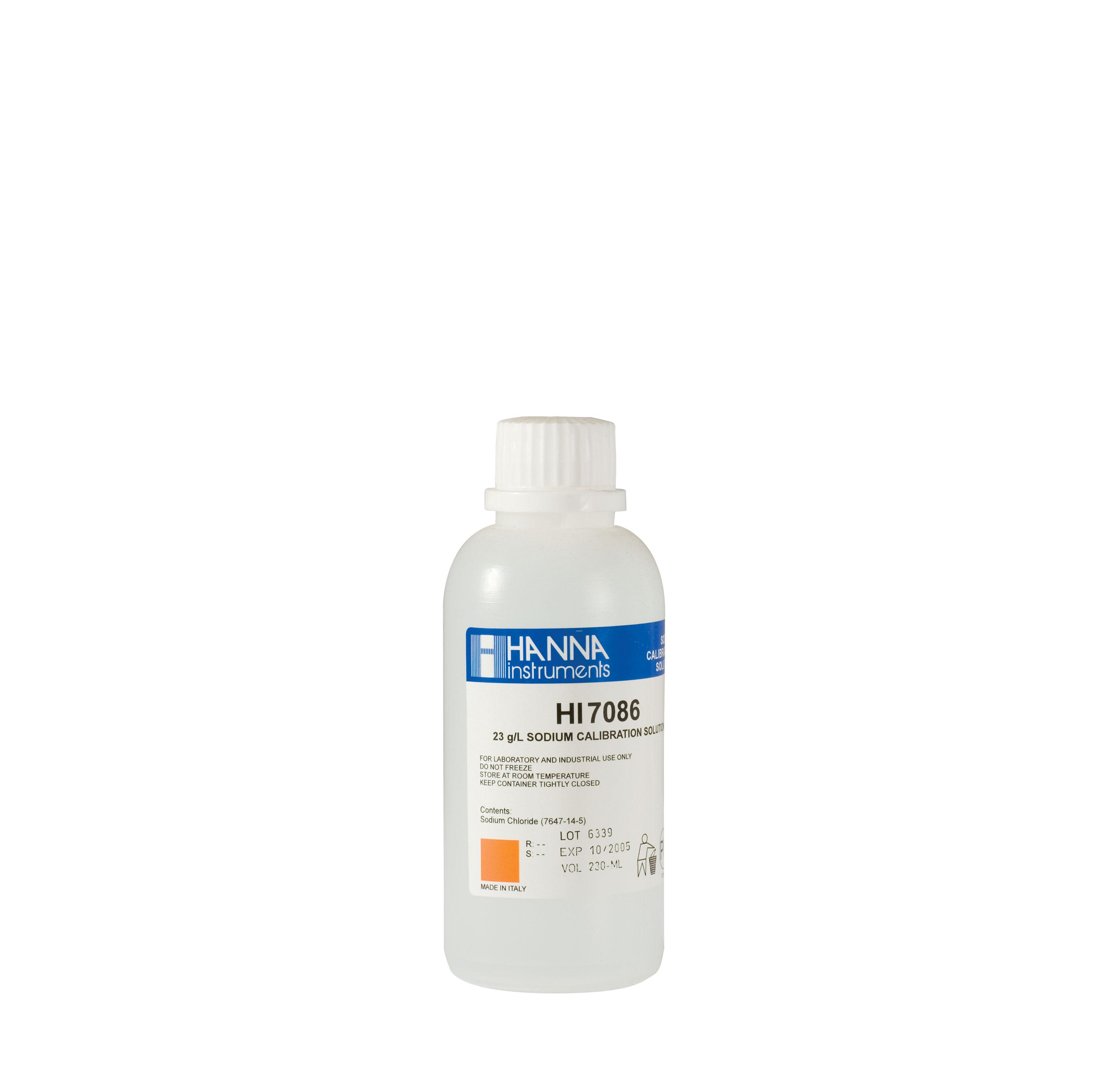 HI7085M 0.3 g/L NaCl Standard Solution (230 mL Bottle)