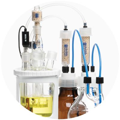 Tubo y recipiente de titulación químicamente resistentes