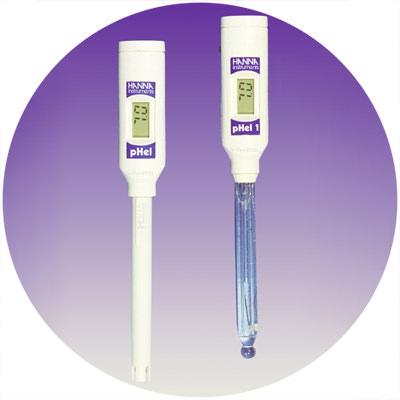 1997: Primer medidor de pH del mundo con electrodo de unión doble