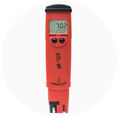 1999: Primer medidor de pH / temperatura del mundo con LCD de doble nivel